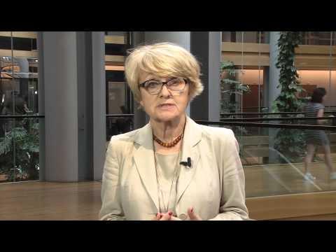 Profesor Danuta Huebner o pierwszym roku prac nowego Parlamentu Europejskiego i Komisji AFCO