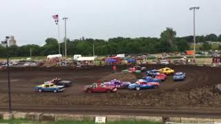 Figure 8 Racing in Hampton @ 2pm 8/19/18 Cruisers Feature Pt 1
