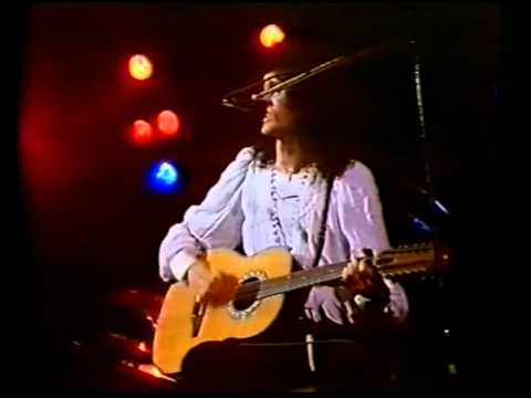 39 - Live At Earls Court 1977