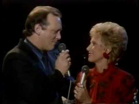 Tammy Wynette-Sometimes When We Touch W/Mark Gray