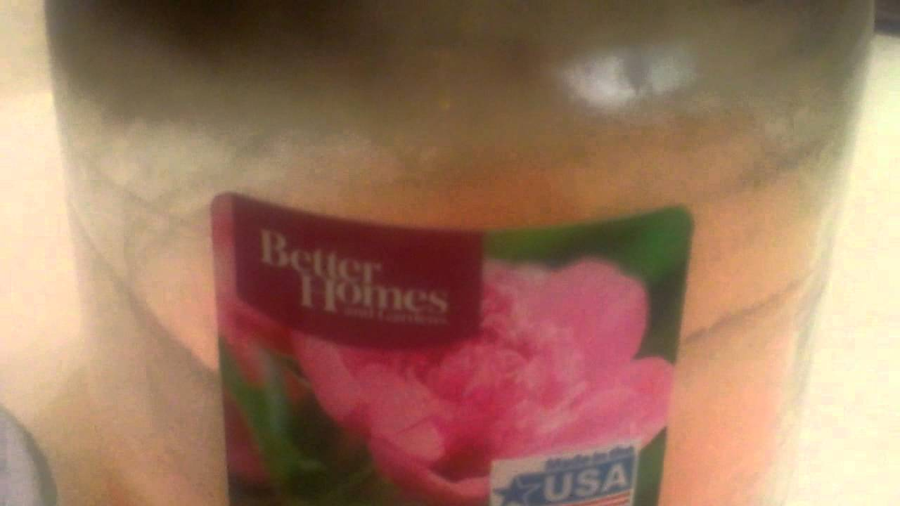 Review of Better Homes and Gardens Candle - YouTube