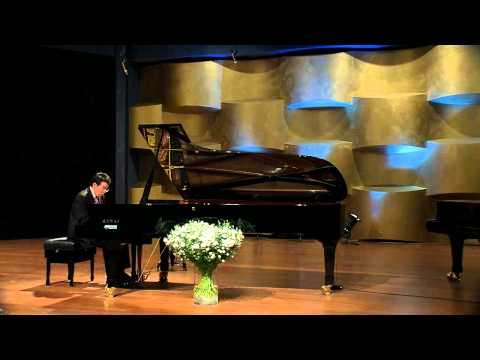 Enescu - Sonata in F-sharp minor, op. 24 no. 1 - John Chen