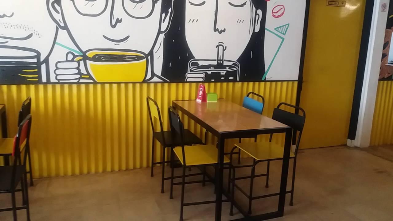 Toko Baja Ringan Bandar Lampung Kota Suasana Yellow Truck Coffee Youtube