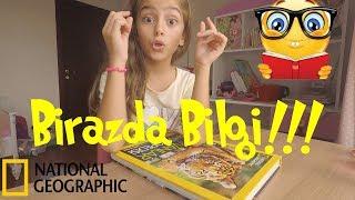 Birazda Bilgi! Eyll National Geographic okuyup hayvanlar hakknda bilgi veriyor.