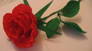 Роза из гофрированной бумаги своими руками/ DIY crepe paper rose(Мастер Класс от Наталия-54 © Страна Мастеров Как сделать розу из гофрированной бумаги своими руками., 2015-06-29T14:43:10.000Z)