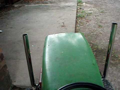 John Deere 116 Mower With Stacks