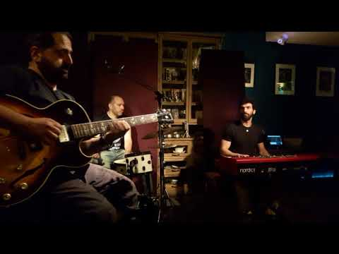 The spicy jazz organ trio live