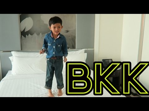 HELLO BANGKOK - JONNYS LIVING IN THAILAND VLOG