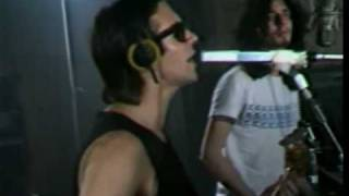 Charly Garcia- Cerca de la revolucion- Video Clip thumbnail