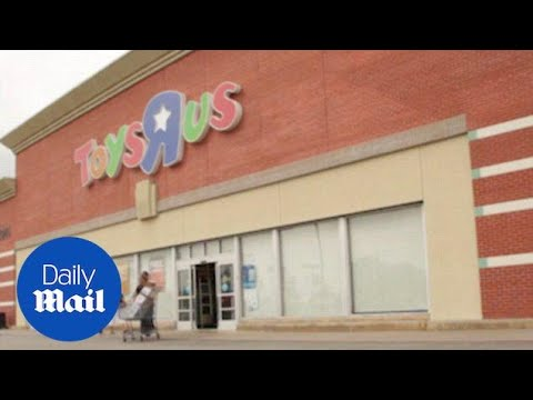 Toys R Us Closing 200 More Stores And Cutting 50% Of Its Fleet - Daily Mail