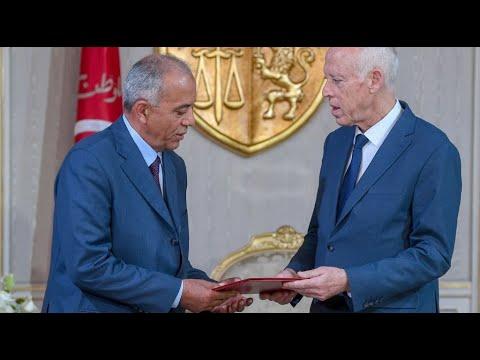 تكليف الحبيب الجملي تشكيل حكومة جديدة في تونس  - نشر قبل 2 ساعة