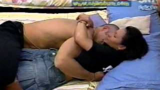 Repeat youtube video Toques intimos Fabiola Y sergio Jugando Big Brother vip Mexico