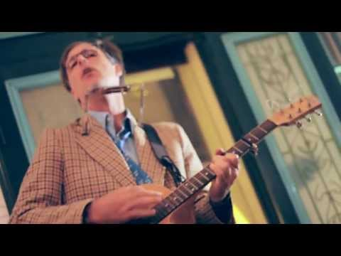 Scott Ezell at The Hanoi Social Club - TWMK Live TAPE9 Part1