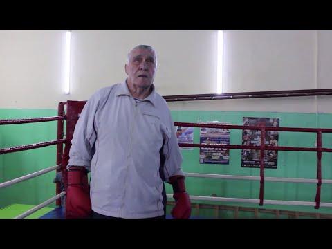 86-летний боксёр из