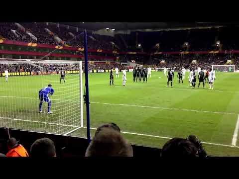 Bale vs Lyon
