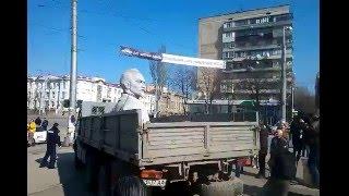 В Запорожье демонтируют памятник Дзержинскому (Часть 4)(, 2016-03-10T10:07:56.000Z)