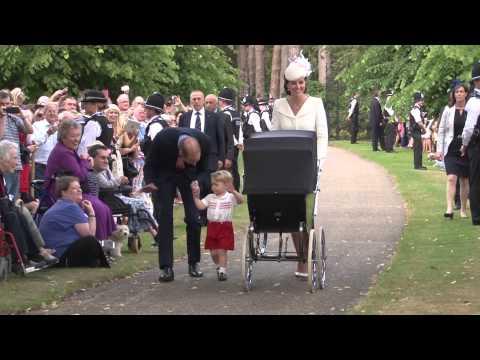 Royal Baby Christening シャーロット王女洗礼式