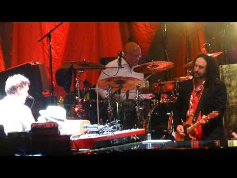 """Gimme Some Lovin"" Tom Petty & Steve Winwood@Wells Fargo Center Philadelphia 9/15/14"