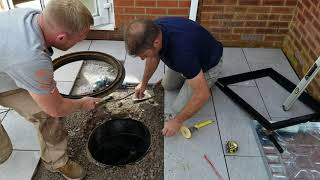 Replacing A Manhole With An Inspection Tray