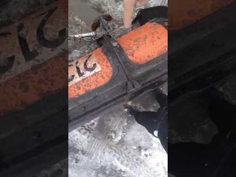 ☃ Kid gets smacked by city plow driver ❄️ Belleville, Ontario
