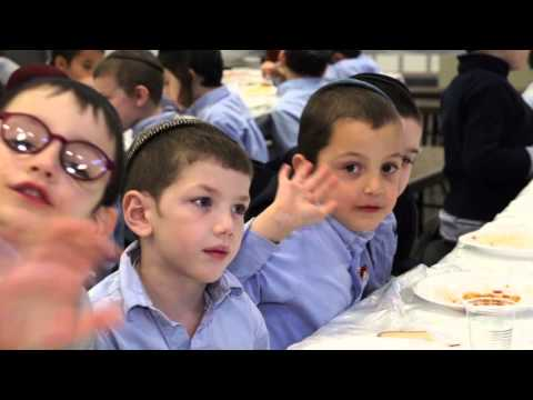 A Day in Lubavitch Yeshiva