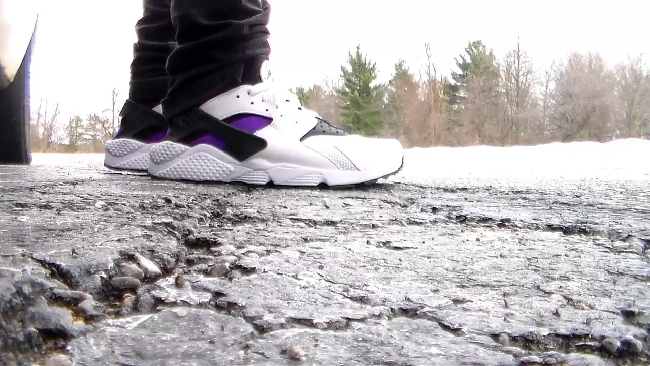 29a0b3f0a8c58 On Feet  Nike Air Huarache OG purple wht blk On Foot - YouTube