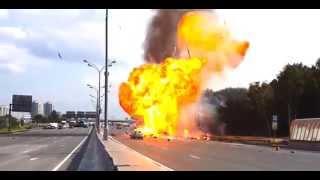 Взрыв газели с газовыми баллонами на Мкаде в Москве(, 2014-09-08T10:12:56.000Z)