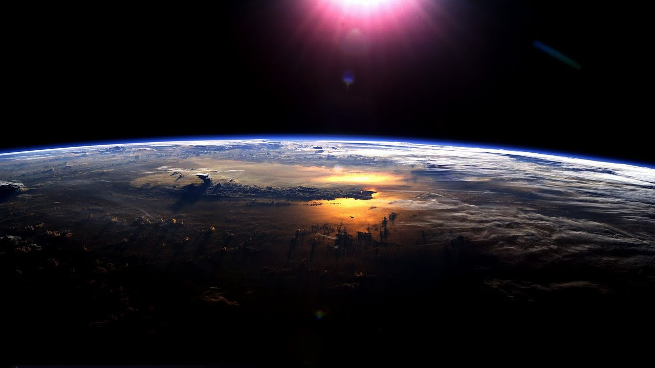 Sunrise/Sunset Over Earth (NASA, International Space Stati… | Flickr