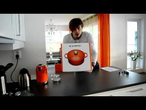unboxing-le-creuset-iron-cookware-5,3-l/26-cm