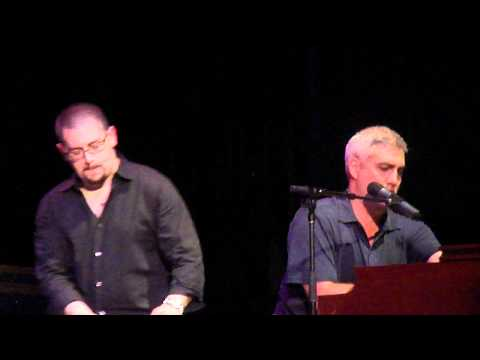 Taylor Hicks - Why Can't We Live Together - Greensburg, PA 5/14/11
