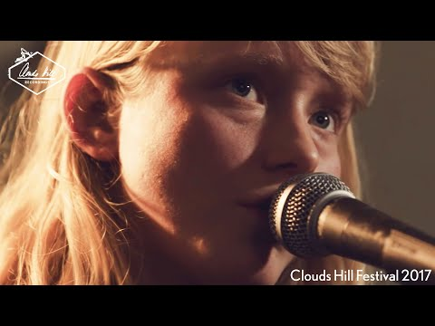 Alice Phoebe Lou - Nostalgia (Live)