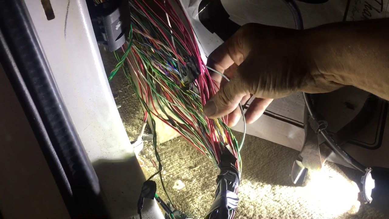 Jeep Abs Pump Wiring on jeep infinity sound system wiring, jeep turn signal wiring, jeep alarm wiring, jeep brake light wiring, jeep o2 sensor wiring,