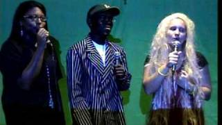 Video Bulls Night Out singing download MP3, 3GP, MP4, WEBM, AVI, FLV Agustus 2017