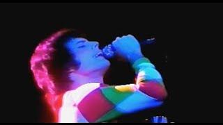 Queen - Vocal improvisation (Earl