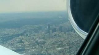 Approch to Paris Le Bourget .. flight over La defence