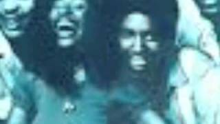 CHAKA KHAN AND RUFUS-PLEASE PARDON ME(YOU LOOK LIKE A FRIEND)