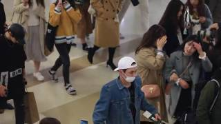 Gambar cover 170402 SHINee - Gimpo Airport to Japan
