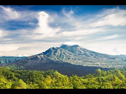 Mount Agung, volcano in Bali, Indonesia, seismic activity, tremors, tourism, travel,