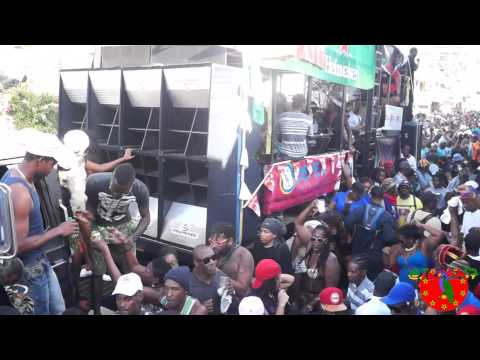 Dominica Carnival 2015: Jouvert Morning: Roseau