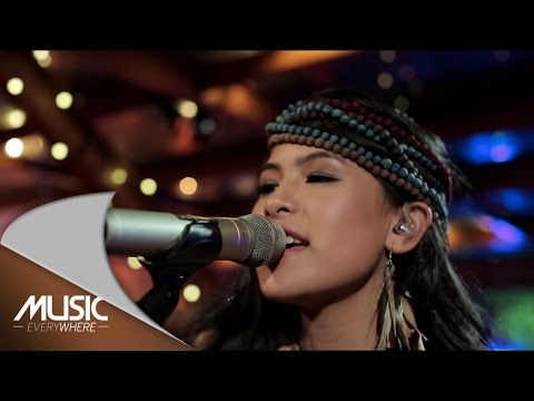 Maudy Ayunda - Conversations (Live at Music Everywhere) *