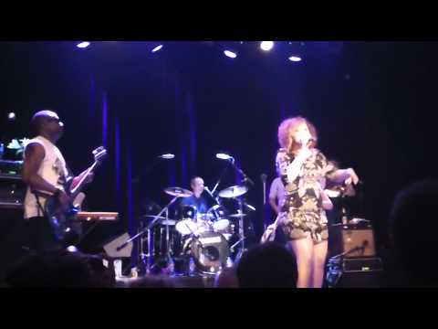 Brand New Heavies - Back to Love & Never Stop - live in Zurich 11.5.11