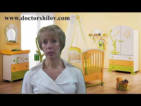 У ребенка болит живот и температура: причины и меры