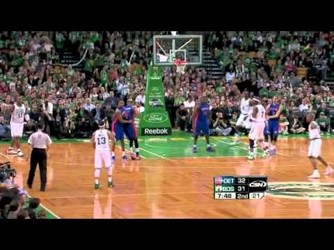 Delonte West ACCIDENTAL 3 pointer vs Pistons! Hlarious!