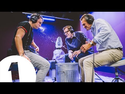 Alexander Armstrong and Richard Osman from Pointless play Innuendo Bingo