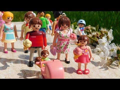 hanami--familie-neumann-auf-dem-kirschblütenfest-|playmobil-film-deutsch-/familie-neumann