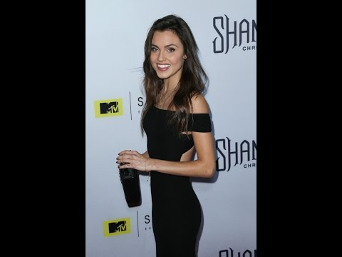 Comic Uno NYCC 2015 Interview with Poppy Drayton from the Shannara Chronicles