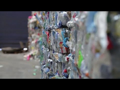 Download Plastic: Does France have a recycling problem?