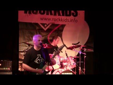 PHALANX - Alike the mankiller Ares (live)