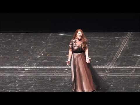 Sondra Radvanovsky. Leonora in Verdi's Il Trovatore. III & VI acts