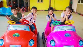 Kids Go To School | Chuns With Best Friends Have Fun In Ball House The Children's City Toys